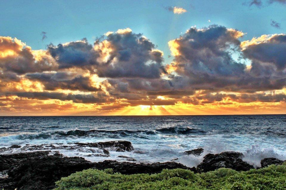 Hana-sunrise.jpg