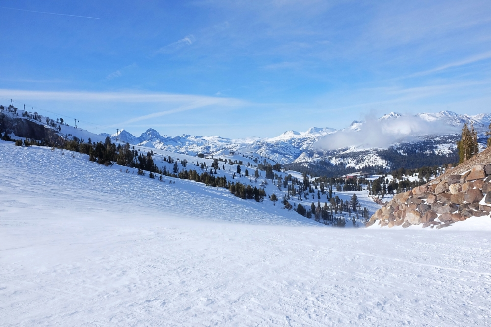 Attop-Mammoth-Mountain.jpg