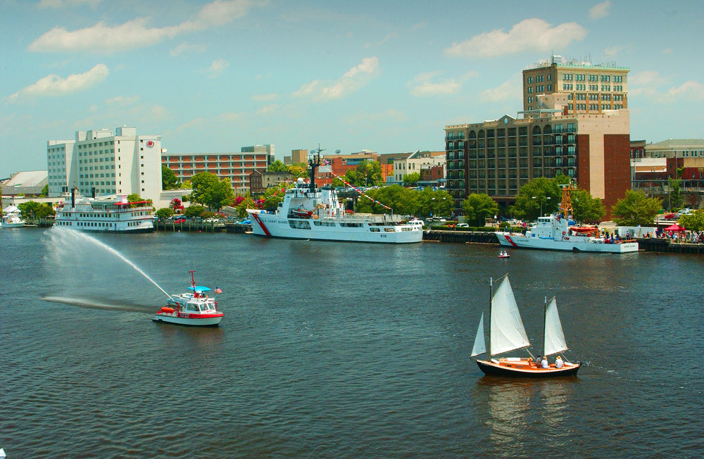 Wilmington-Boats-and-View-of-Waterfront.jpg
