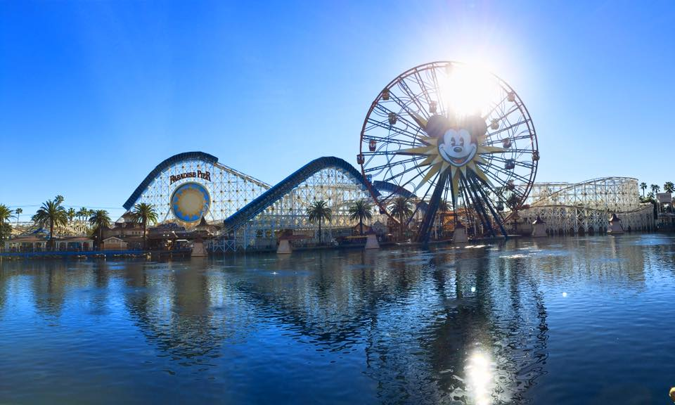 Disney-Land.jpg