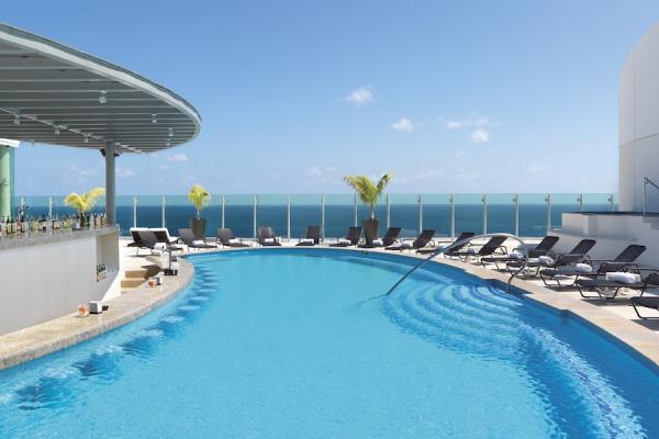 Beach-Palace-41-600x400.jpg