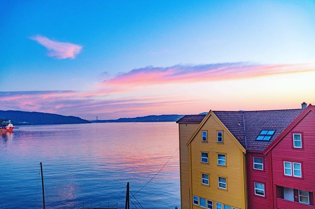 Finally going through and editing photos from last month in Norway. Nope, it did not suck. #norway🇳🇴 #bergen #sunset_lovers