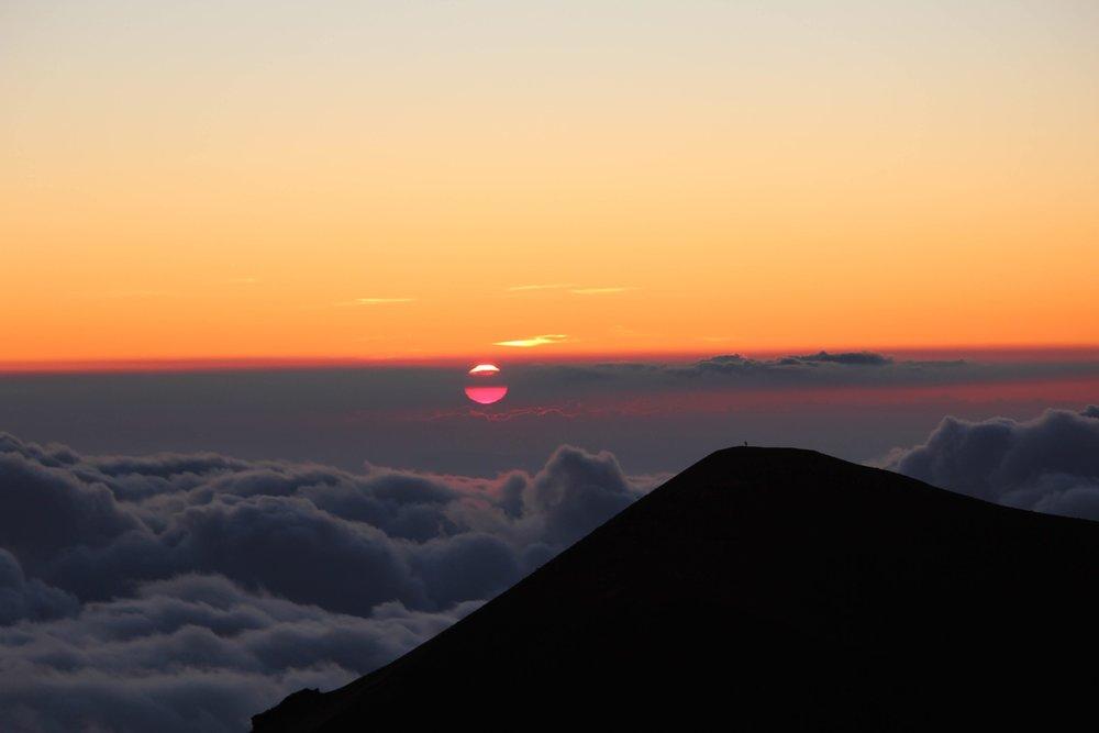 Sunset Mauna Kea summit Big Island.jpg