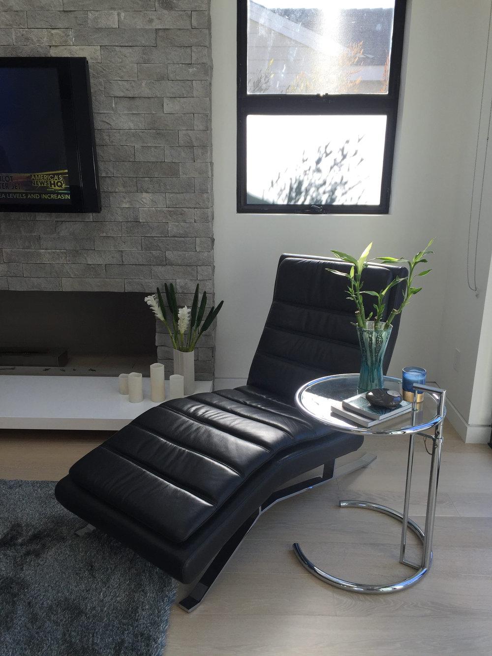 chaise-11-15-e1478015633609.jpg