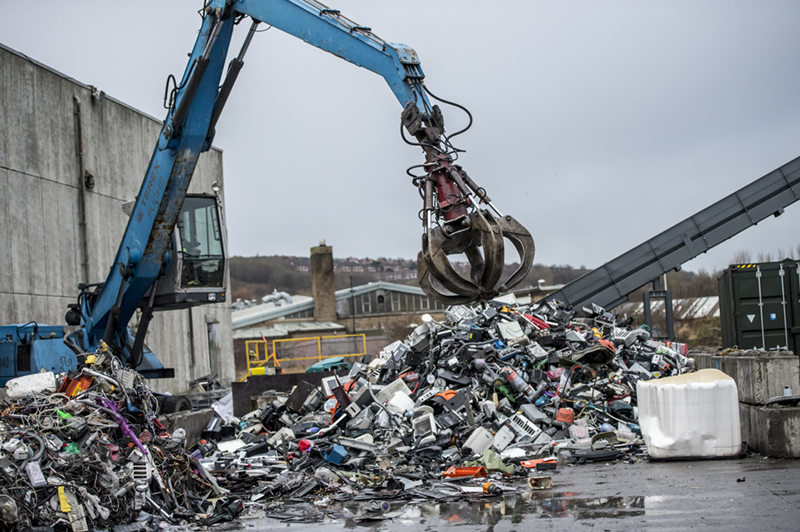 GAP Waste Crane Grab in North East Plant Newcastle Gateshead