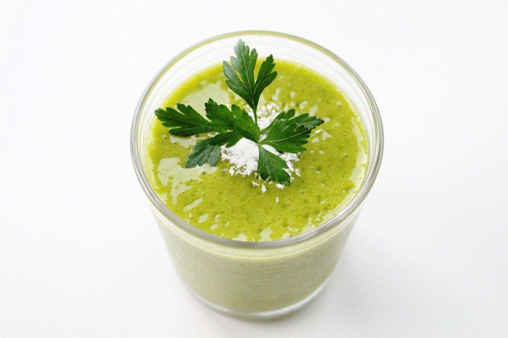 mango kale smoothie 2.JPG