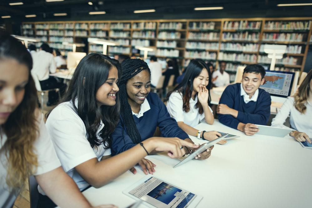 A COLLEGIATE ACADEMIC EXPERIENCE IN HIGH SCHOOL -