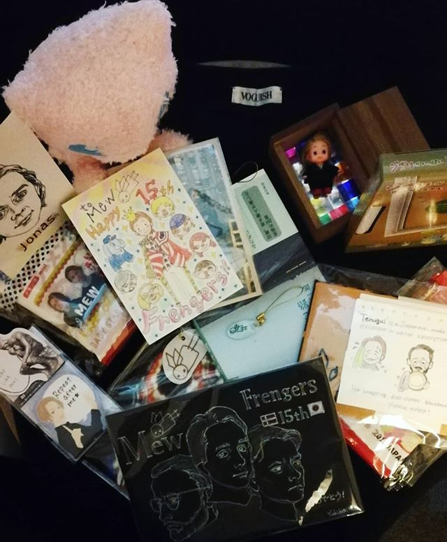 To all the frengers who came to see us on our Japan tour: ありがとうございました!! And thank you for all the lovely presents!!!