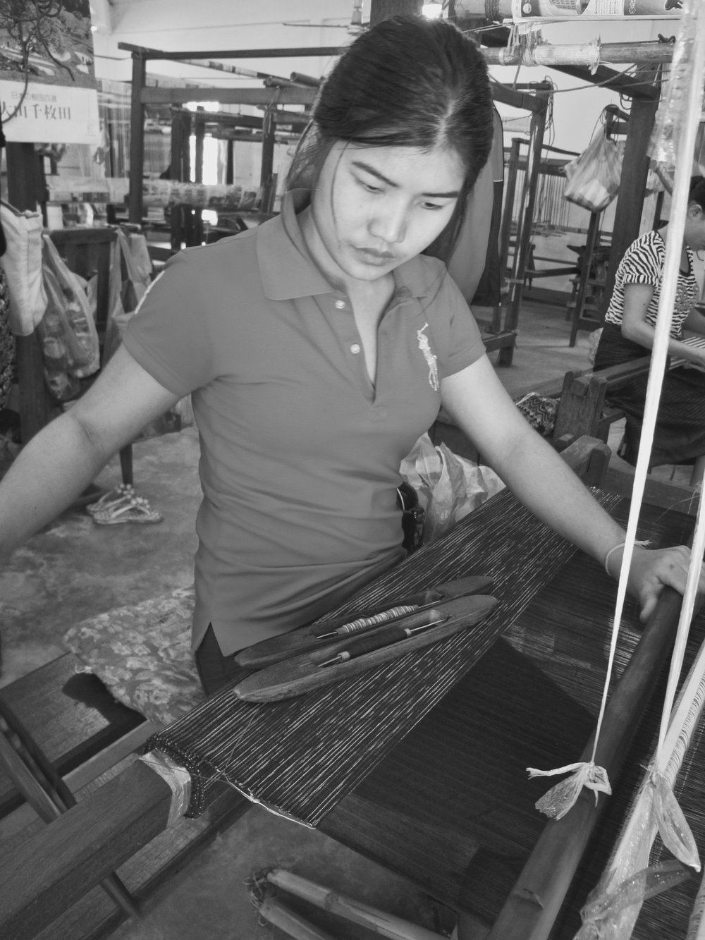 Expert weaver at Houey Hong Vocational Training Center.