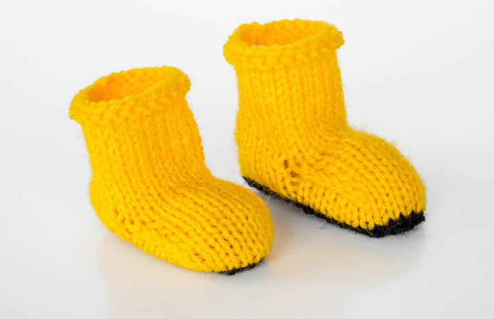 yellowknittedboots.jpg