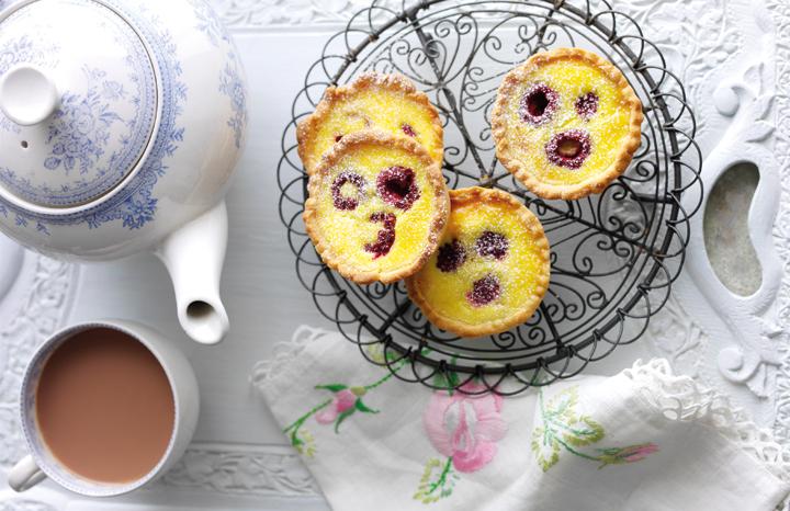 Raspberry-Portuguese-tarts-2.jpg