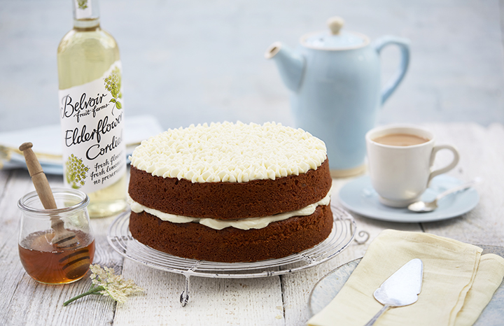 Honey%20Cake%20and%20Elderflower%20Icing%20with%20bottle.jpg
