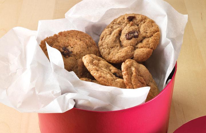 Cinnamon-&-Raisin-Cookies.jpg