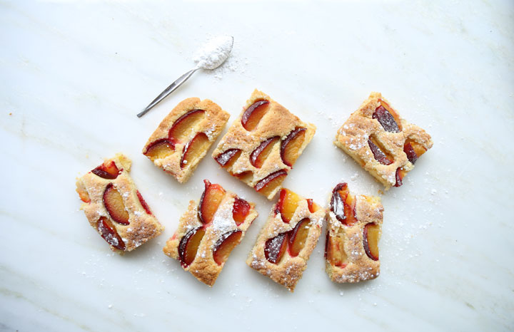 Leisure-plum-cake-slices.jpg
