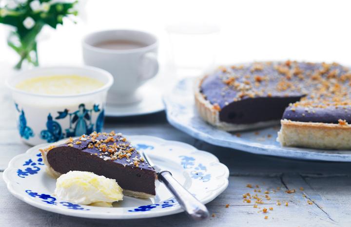 Rodda's-Chocolate-Caramel-Tart.jpg