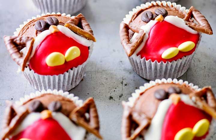 Robin-Cupcakes.jpg