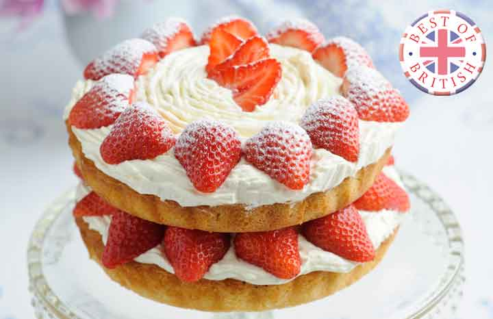 Sweet-Eve-strawberry-Victoria-Sandwich-with-icing-sugar-dusting.jpg