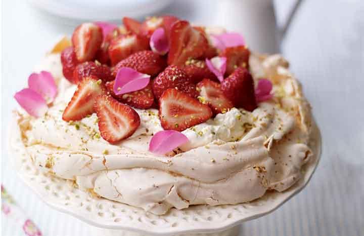 ose-petal-and-pistachio-pavlova-web.jpg