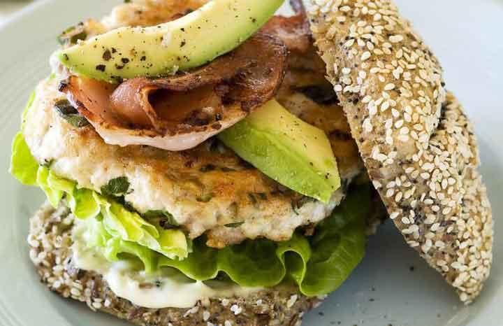 chicken-burger-avocado-bacon-garlic-mayo.jpg