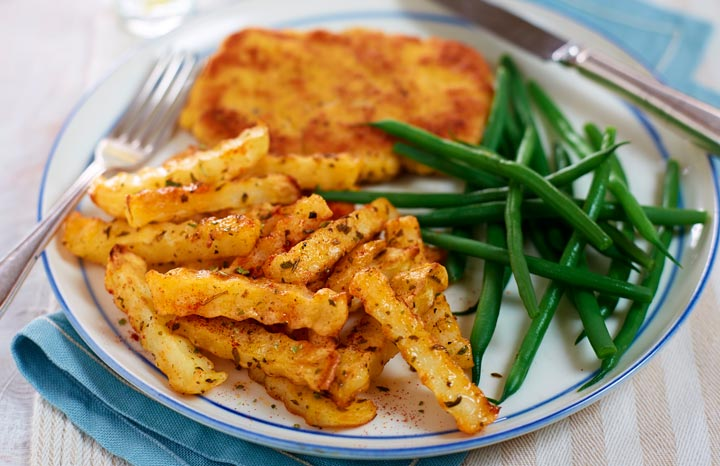 Pork-schnitzel-with-paprika-and-mixed-herbs-chips.jpg