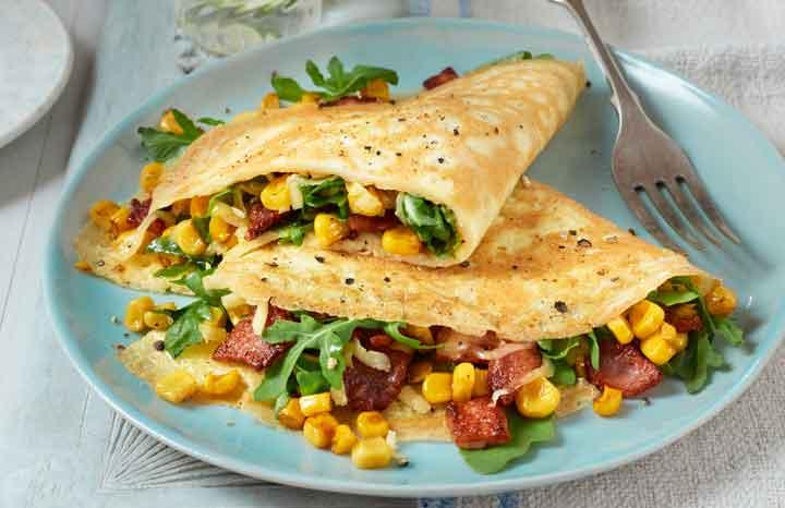 Bacon,-sweetcorn&-rocket-omeletteweb.jpg