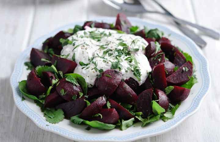 _Moroccan-Beetroot-&-Herb-Salad-with-Yoghurt-Dressing----www.lovebeetroot.co.jpg