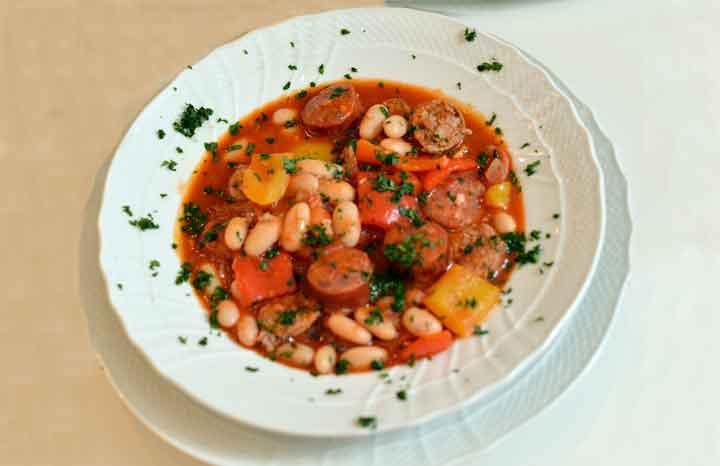 Bangers-n'-Beans.jpg