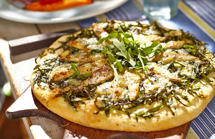 r80643-ROCKET,-PEAR-&-STILTON-PIZZA-rs.jpg