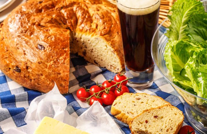 Tickler-Picnic-Bread.jpg