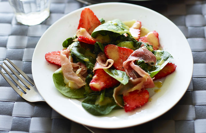 Viva-Strawberry-and-Spinach-Salad-with-Ham.jpg