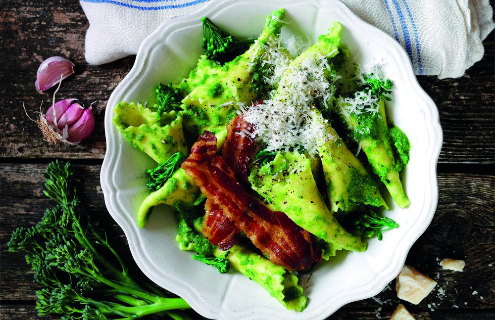 pasta%20with%20broccoli%20crispy%20pancetta.jpg