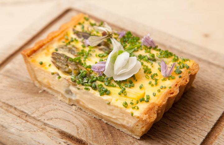 Emily-Watkins---Asparagus-and-hollandaise-tart.jpg
