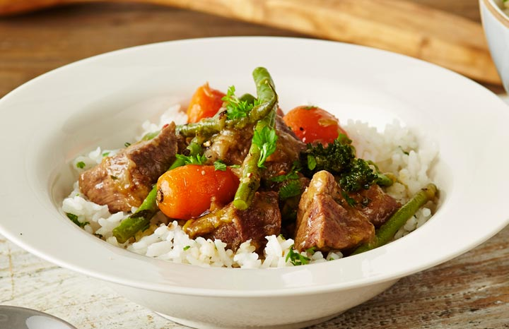 r80812-SPRING-LAMB-CASSEROLE-WITH-MINTED-RICE.jpg