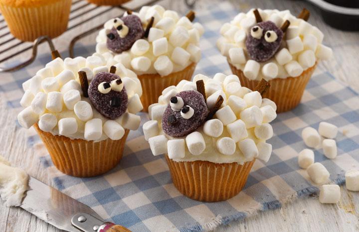 Sheep-Cakes-LOW.jpg