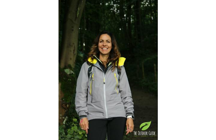 Julia%20Bradbury%20Christmas%20card%20recycling%20M&S.jpg