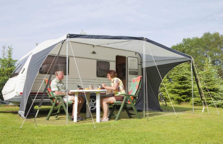 caravan-summer-holiday-insurance.jpg