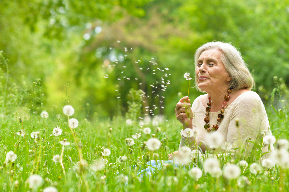woman-dandelion.jpg