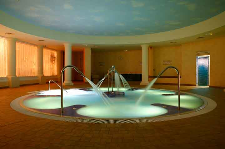 Hydrotherapy-Pool---Large.jpg