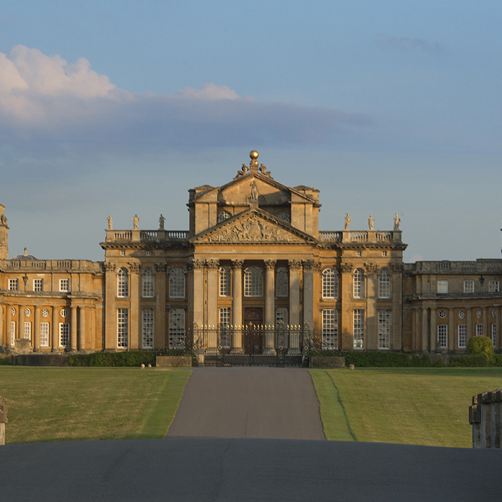 Blenheim%20Palace%20North%20Gate%20View2.jpg