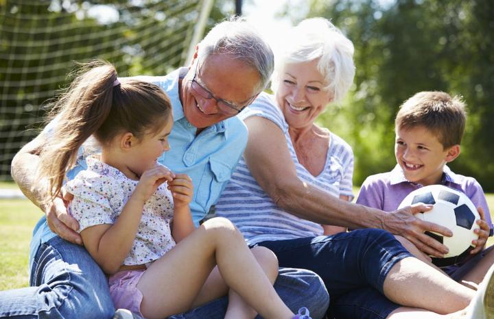 grandparent%20grandchildren.jpg