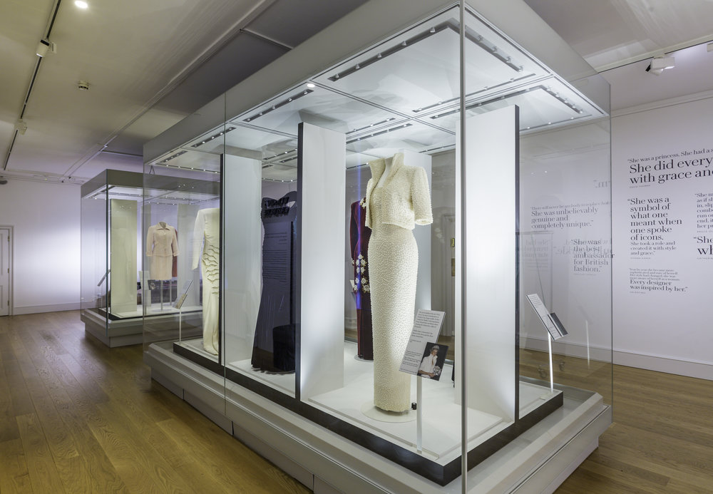 Princess-Diana-Elvis-dress-satin-velvet-dress-John-Travolta