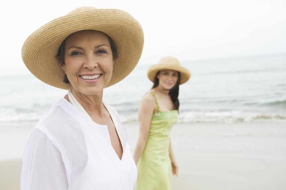 woman-daughter-beach
