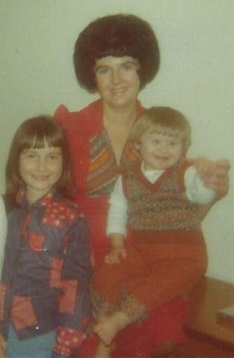 Pat with Craig and daughter Dawn in 1975