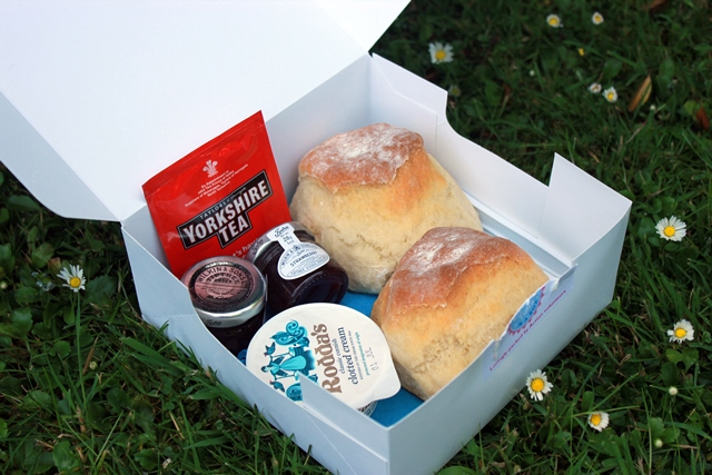 Whether you prefer jam then cream or the other way round, there's everyone you need for the perfect scone and tea in the cream tea in a box