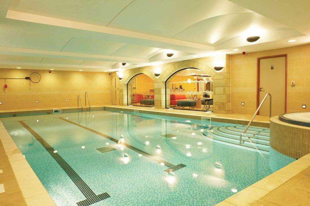 Tankersley-Manor-indoor-spa-pool