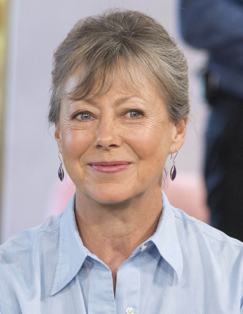 Jenny Agutter on Sister Julienne's shock news — Yours