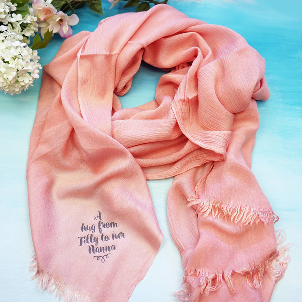 hug scarf