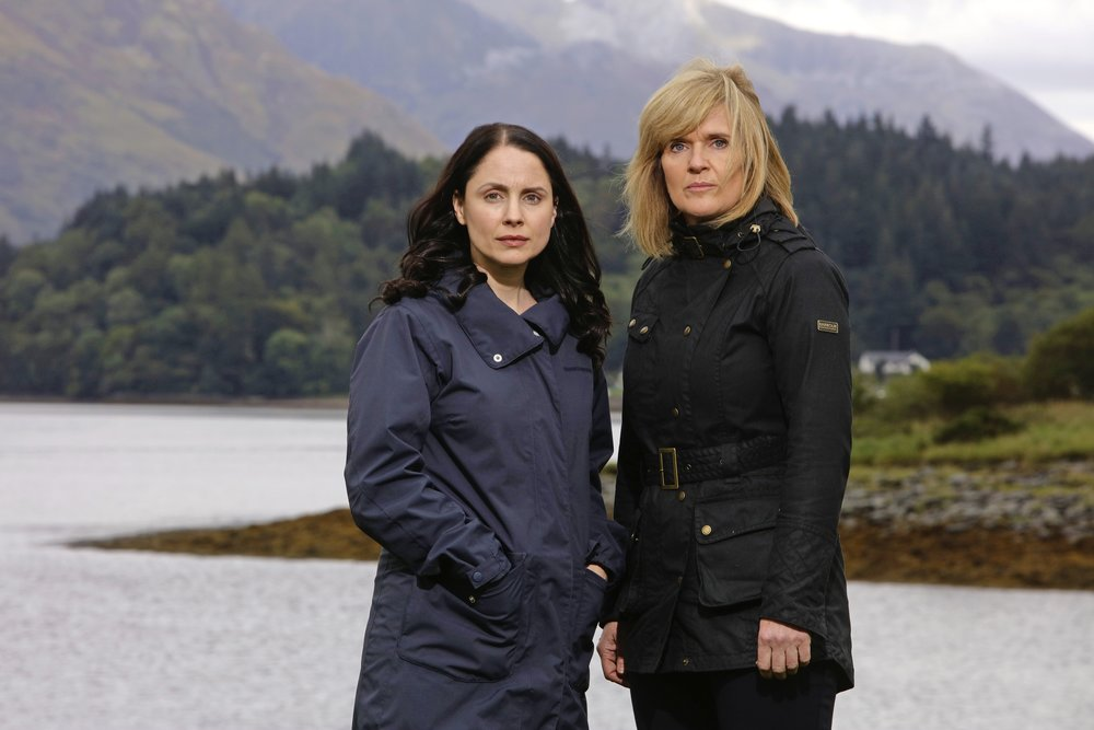 Siobhan, right, as DCI Lauren Quigley with Laura Fraser as Annie in new drama The Loch
