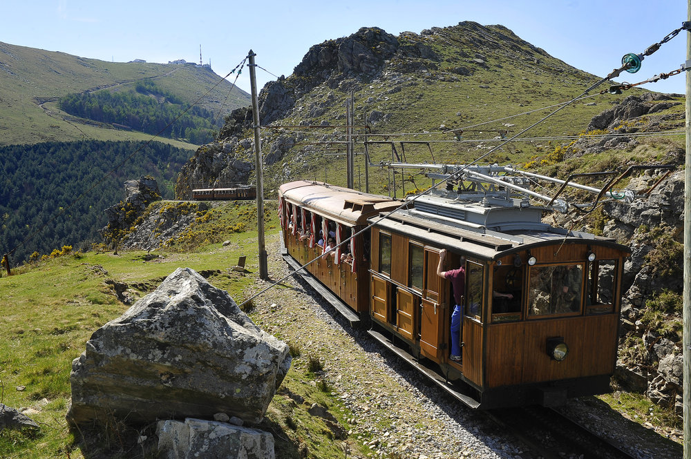 The cog railway, Rhune