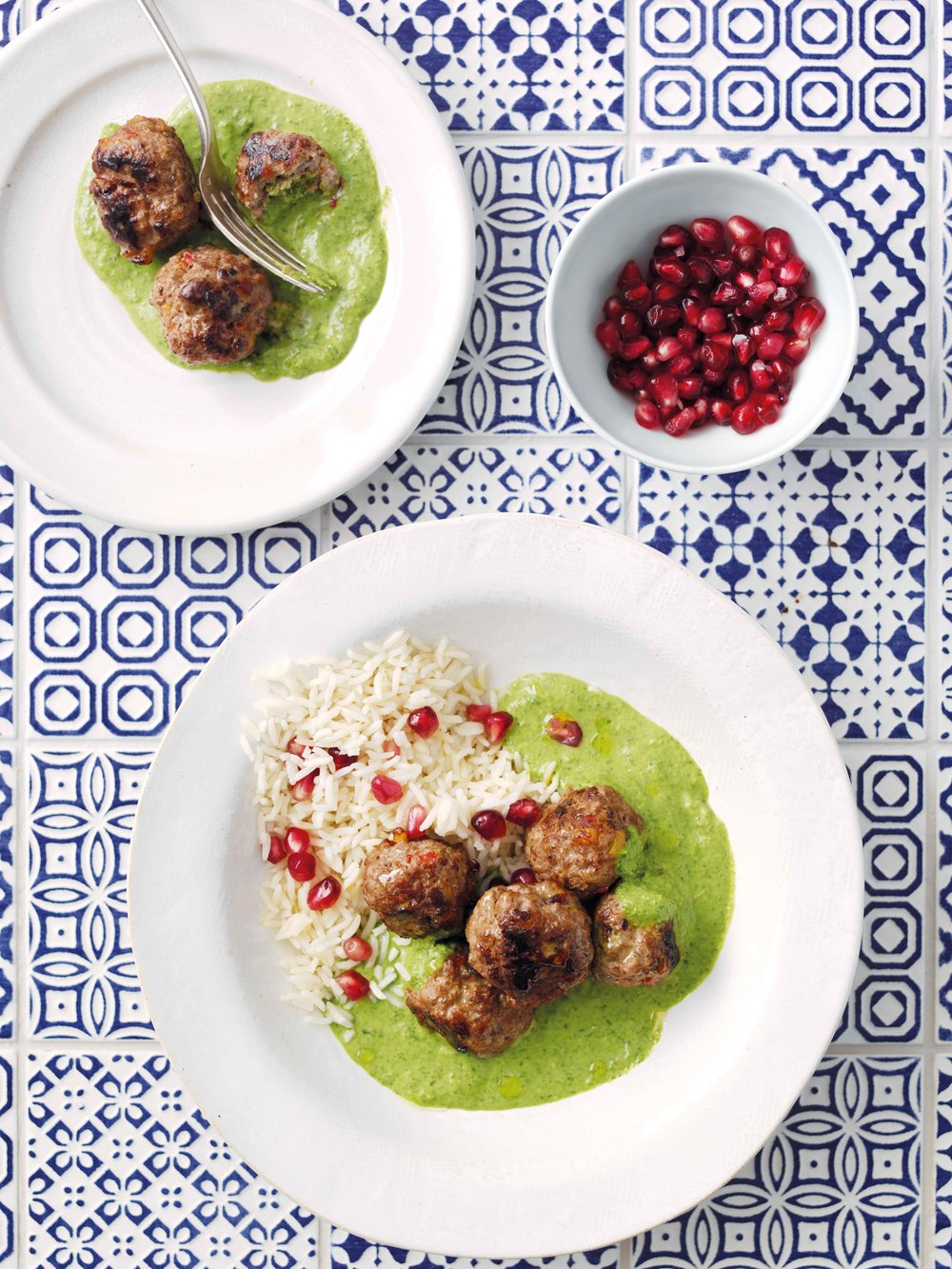 meatballs-with-spinach-sauce